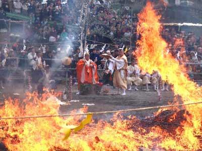 firewalking-festival-1
